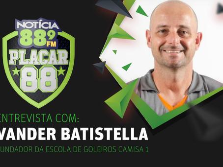 Entrevista com Vander Batistella
