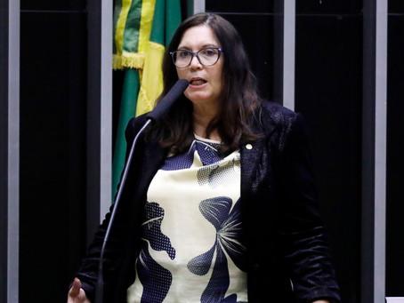 Bia Kicis é eleita presidente da CCJ da Câmara dos Deputados