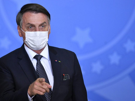 Novo Bolsa Família terá valor de 'no mínimo' R$ 300, diz Bolsonaro