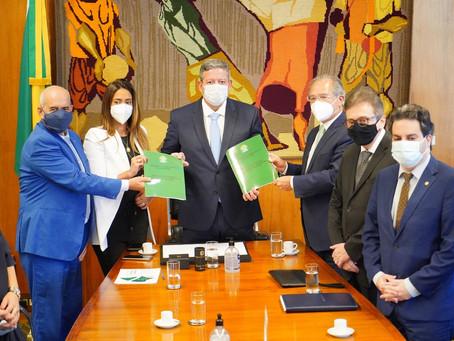 Nova etapa da reforma tributária aumenta faixa de isenção do IR para pessoa física para R$ 2,5 mil