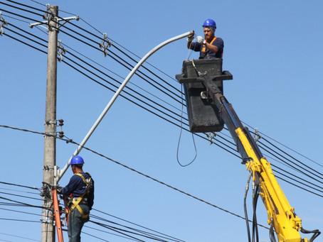 Troca das lâmpadas antigas dos postes por luzes de LED atinge 50% das ruas da cidade de Hortolândia