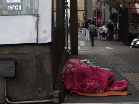 Governo de SP vai acolher 400 pessoas em situação de rua em estação do metrô durante frente fria