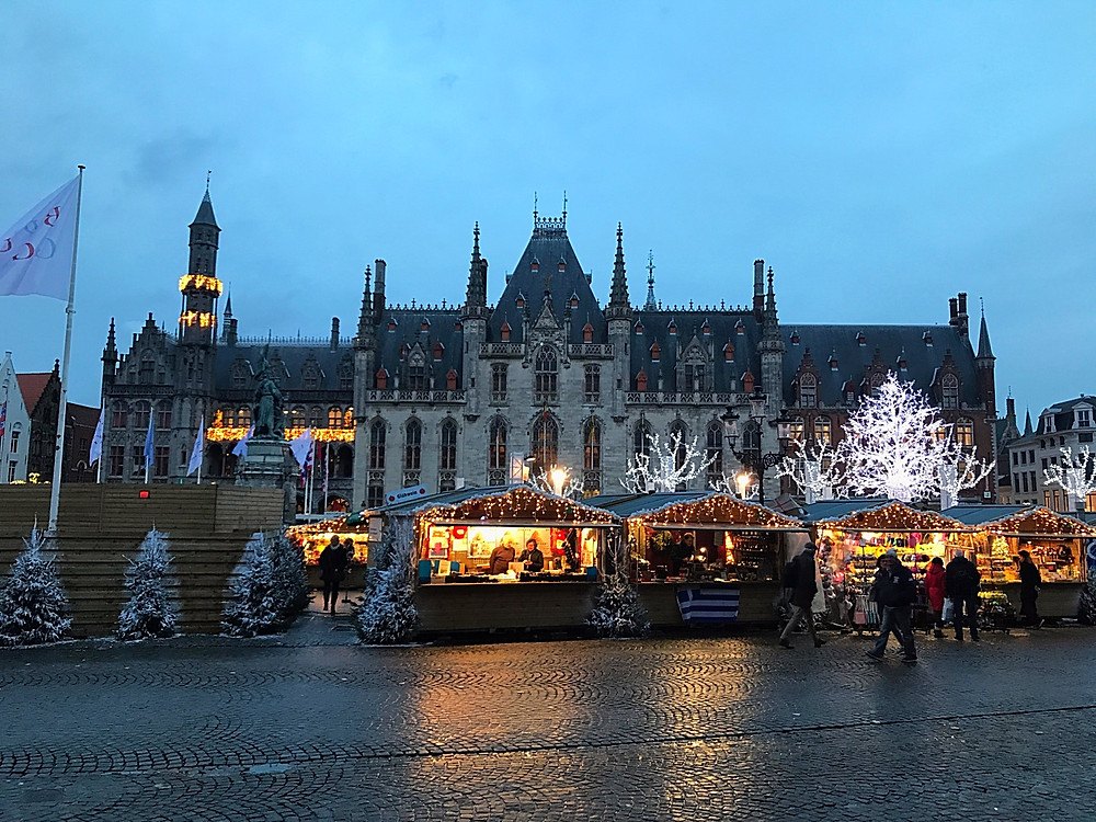 Christmas Market at the Provincial Court - Brugges, Belgium