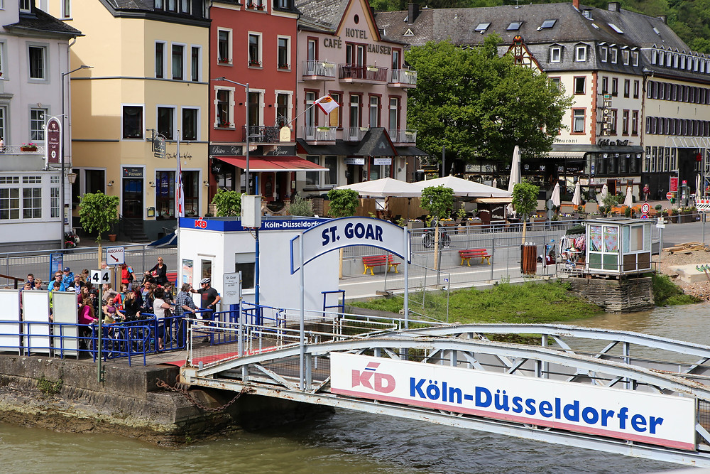 Ferry kiosk and boat ramp at St Goar