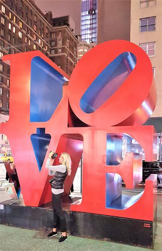 KERSTIN VERSCH - LOVE SCULPTURE NEW YORK