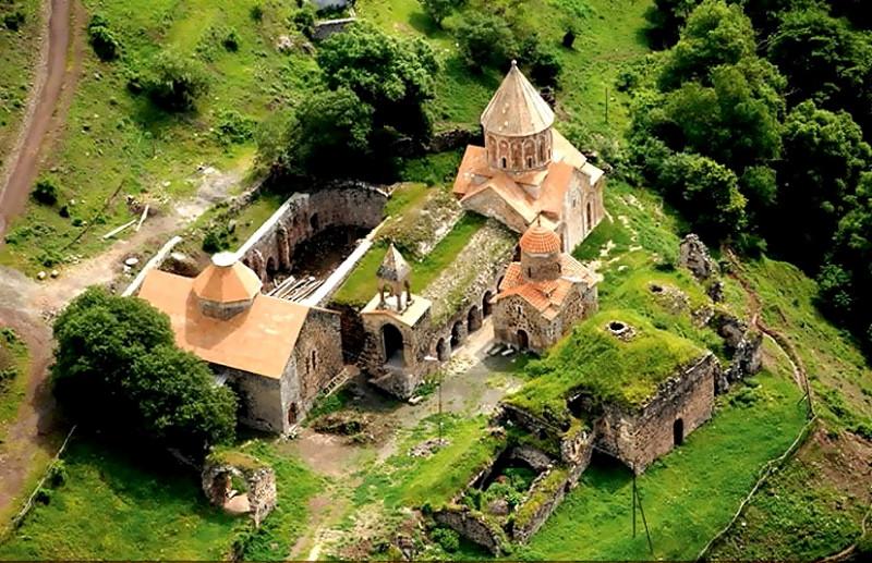 Kalbazhar(church2).jpg