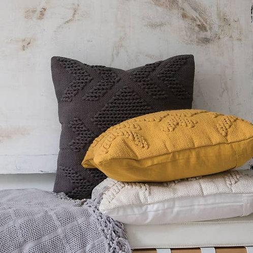Nia Pillow