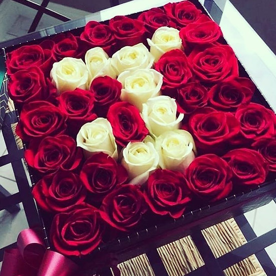 36 Infinity Preserved Roses