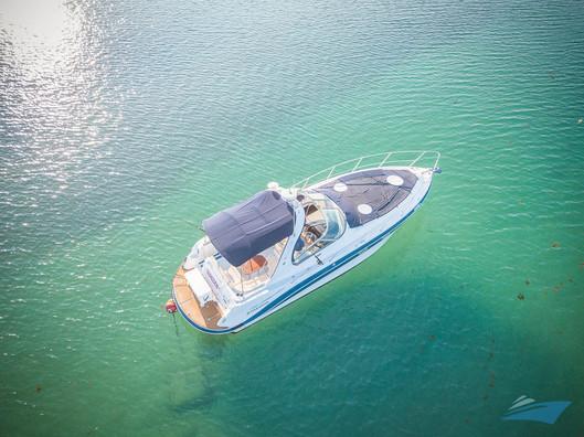 37 Four Winns Vista Yacht 02.jpg