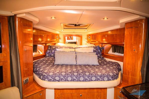 37 Four Winns Vista Yacht 08.jpg