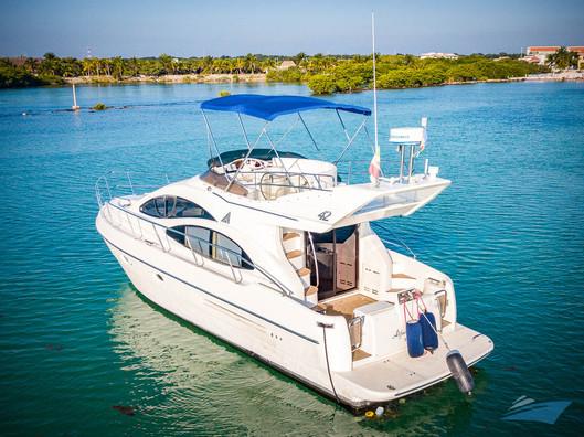 Azimut 42 Yacht 15.jpg