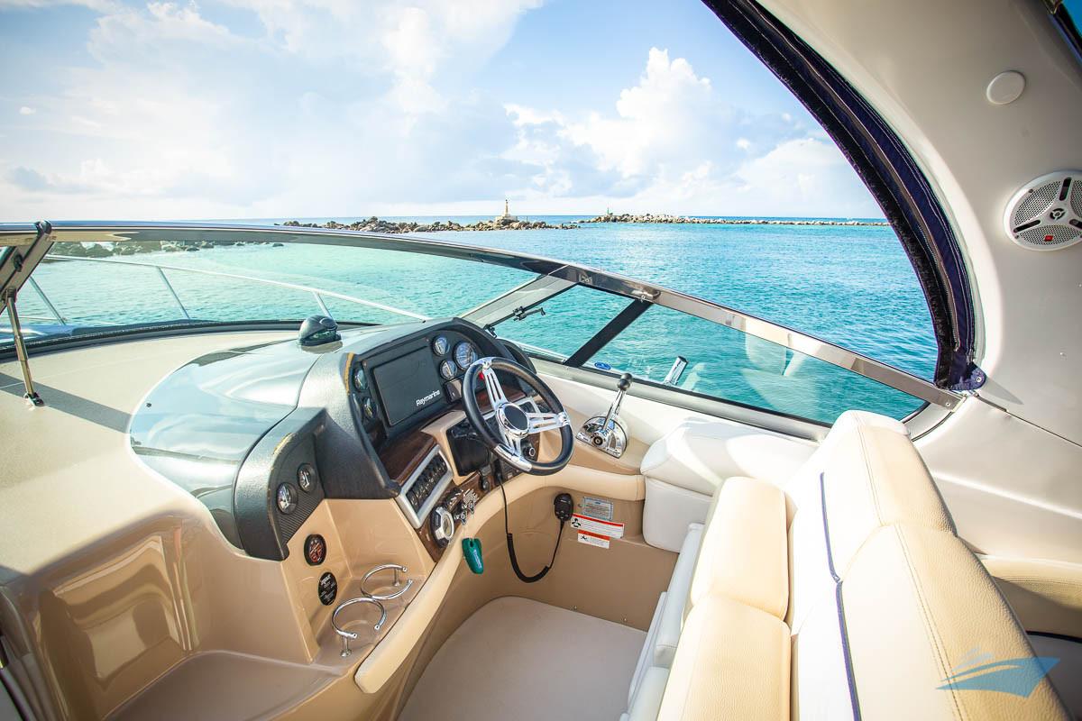 37 Four Winns Vista Yacht 01.jpg