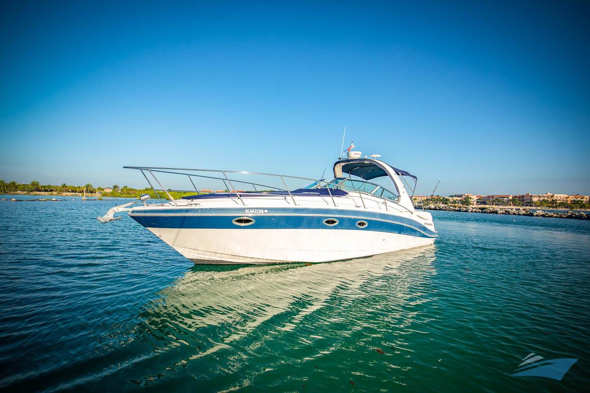 37 Four Winns Vista Yacht 03.jpg