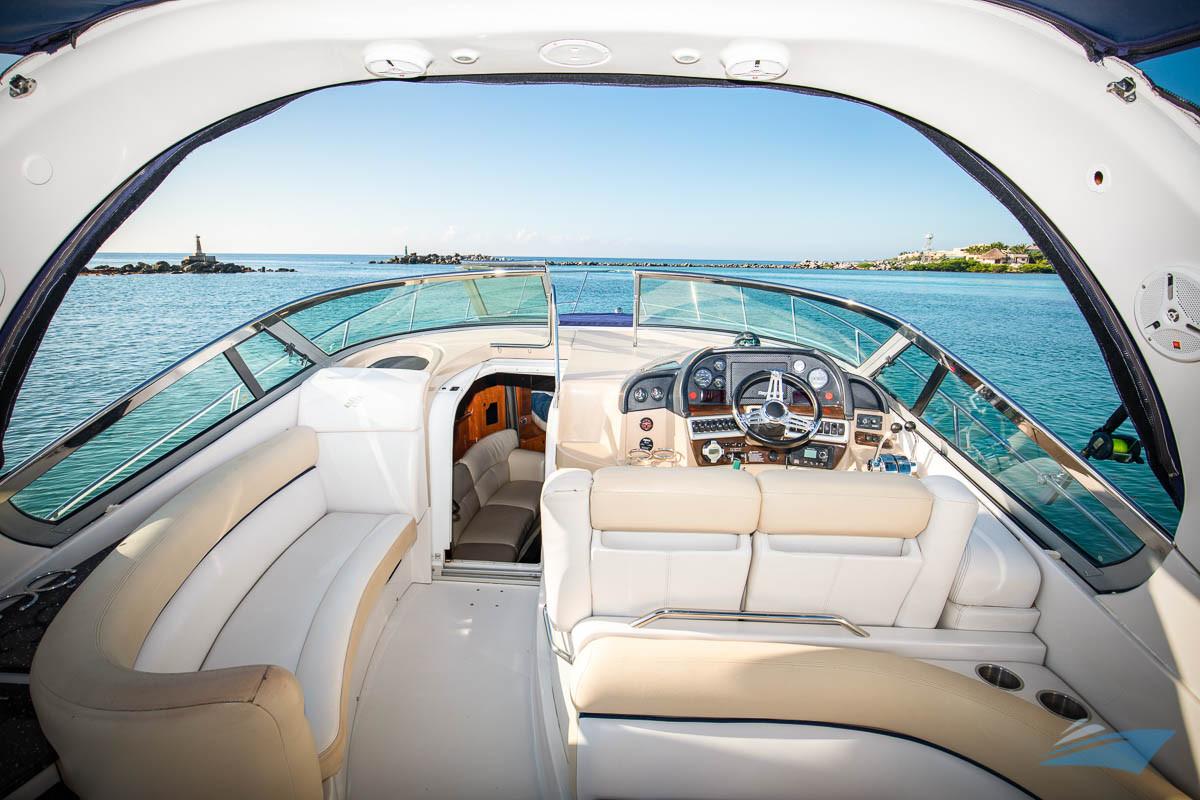 37 Four Winns Vista Yacht 04.jpg