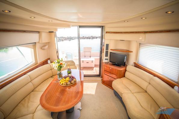 Azimut 42 Yacht 13.jpg