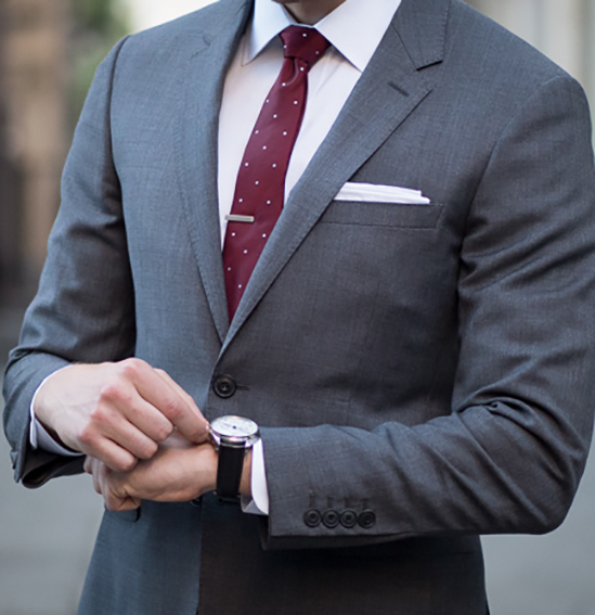 Ashley-Weston-2-Button-Gray-Notch-Lapel-Suit-Look-2-Detail