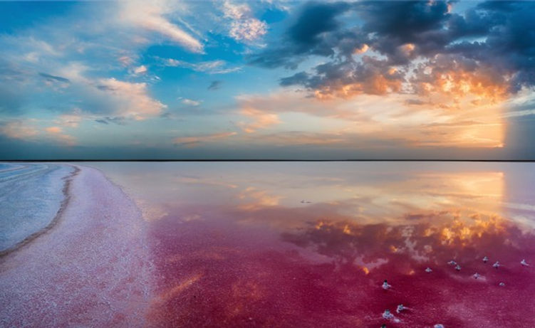sunset-lake-lemuria-red-salt-lies-shore_