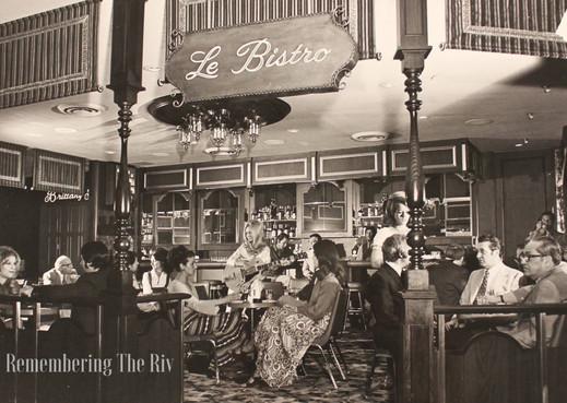 Le Bistro Lounge