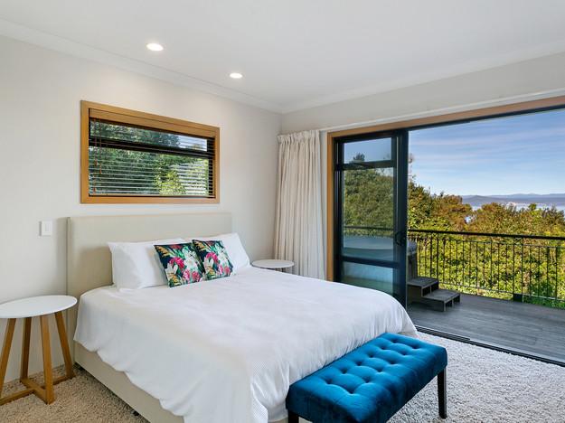 Guest Suite - Entrance Level