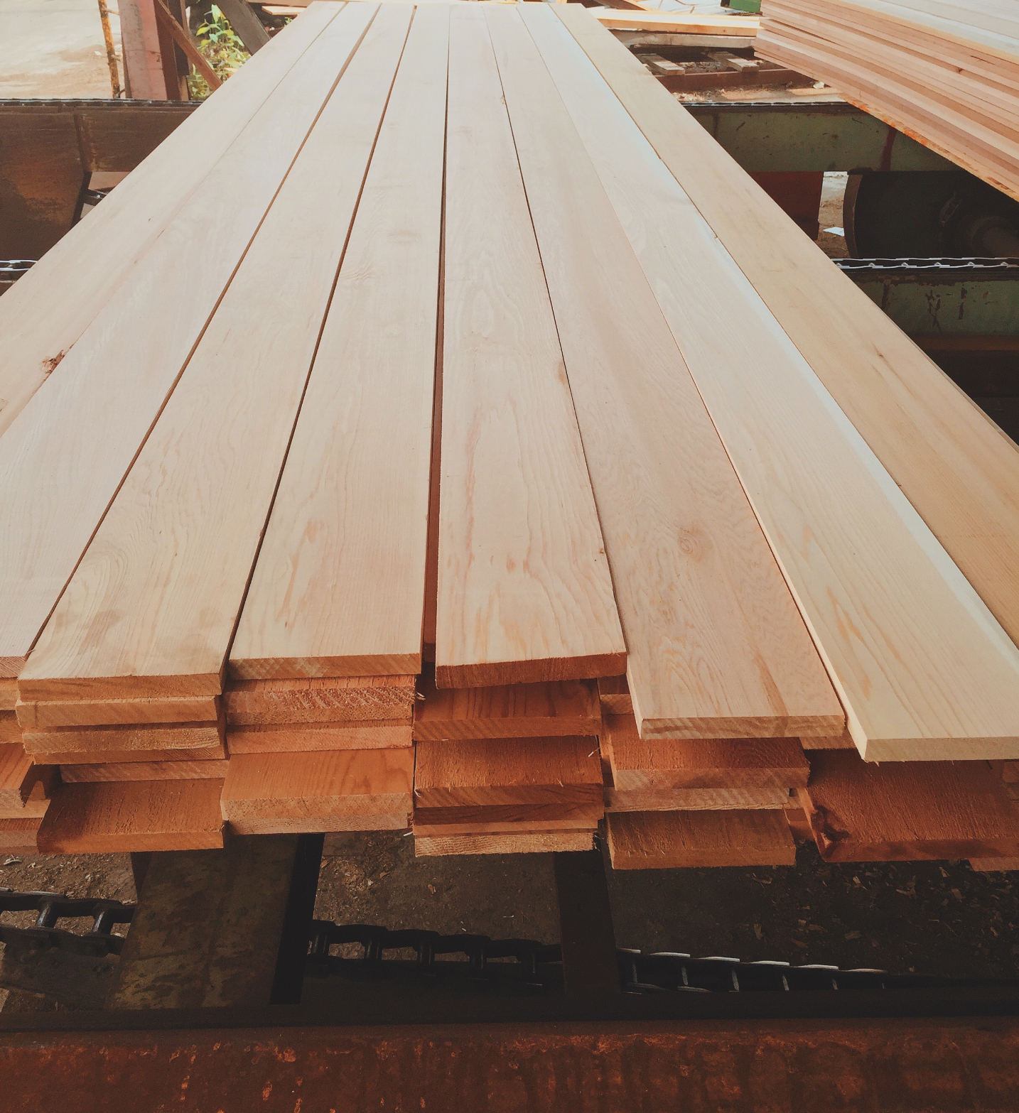 DCL Product: Premium Clear Lumber