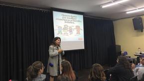 Juíza do TJ realiza palestra sobre violência doméstica em escola da Capital