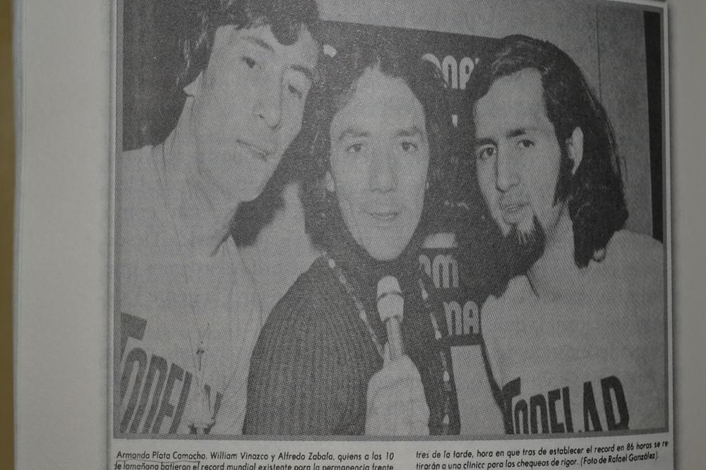 Willian Vinasco Ch. (izq) Armando P. Camacho (centro) Foto Cortesía: Libro SER ALGUIEN