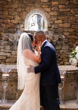 San Antonio Wedding at the Omni la Mansion Del Rio by San Antonio Wedding Planner Sweet Gardenia Weddings
