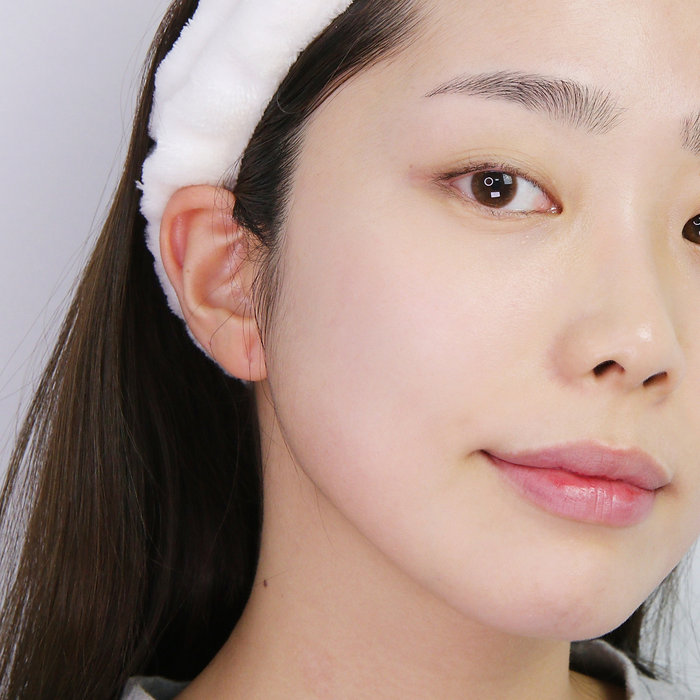 AXIS-Y 6-1-1 Skincare Routine Model Face | KSFBEAUTY