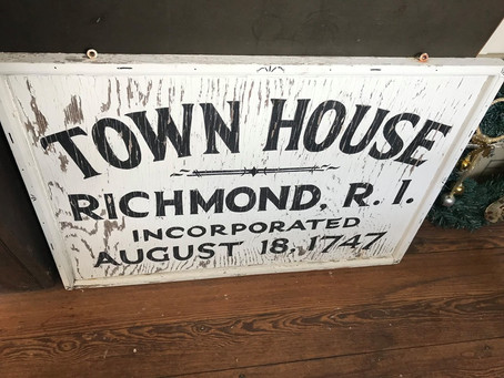 Town Hall sign to be displayed
