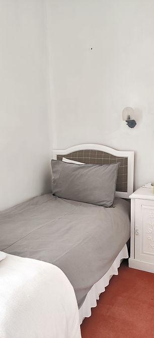 Hotel Square single room