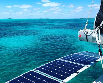 Mexwatt Catamaran Paneles Solares