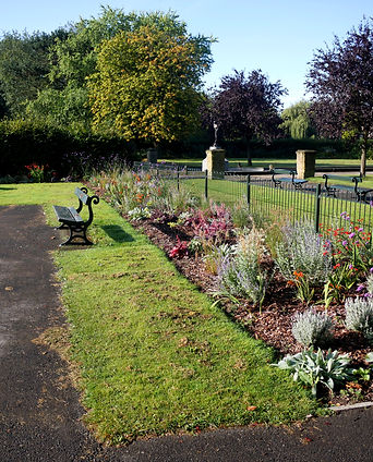 Rowntree Park 10Sep19 Phil Neath 01.JPG