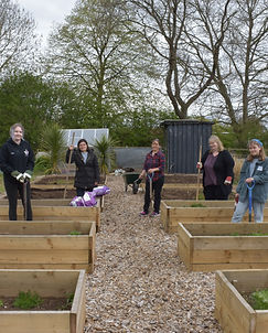 Group photo - YSJ allotments for refugee