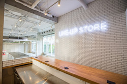 LINE-UP STORE