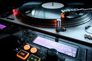 vinyl-4722544_1920.jpg