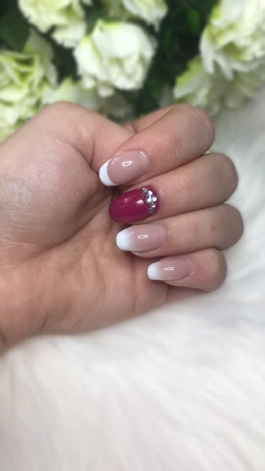 Extension ongles en gel chablon