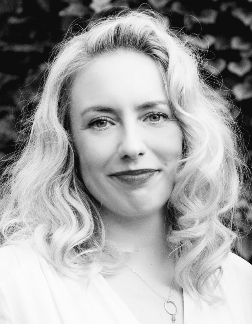 Anna Marie Crowhurst, The Riff Raff