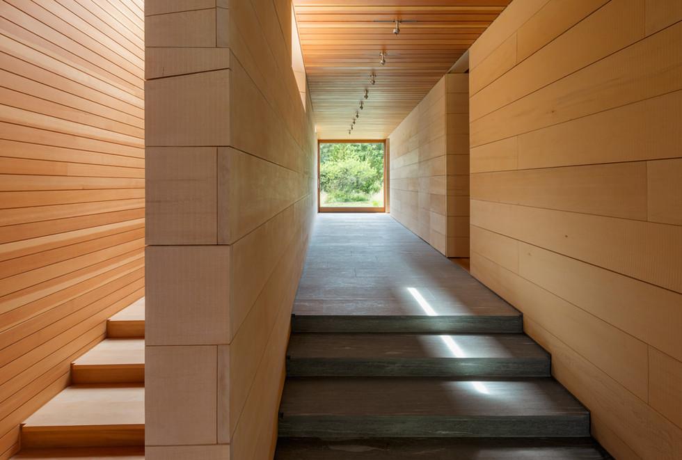 028 East House Interior.jpg