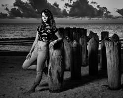 Selena_050921_04BW_8x10