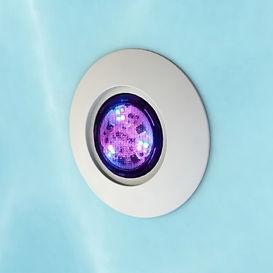 mini-led-multicolore-piscine.jpg