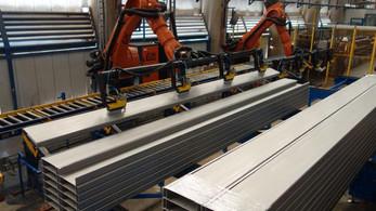 Con la integración de robots KUKA, Acesco innova para sus colaboradores