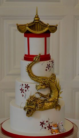Oriental dragon wedding cake
