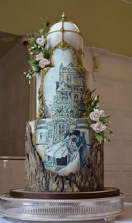 Hand painted weddin cake