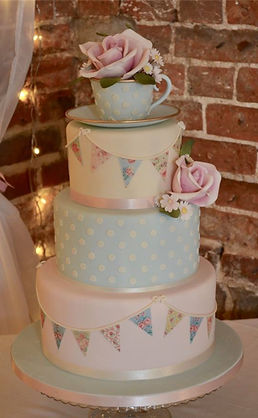 Sugar teacup wedding cake