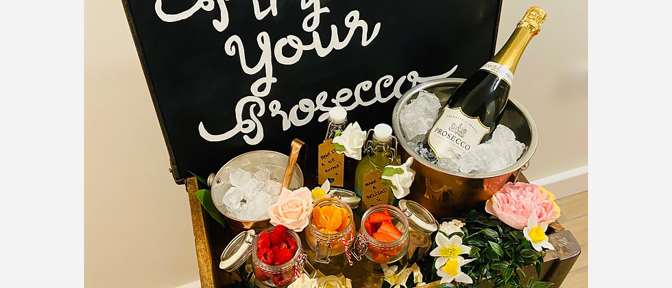 Pimp Your Prosecco School Desk