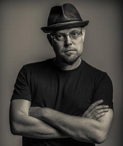 Bio photo by Gisli Snaer