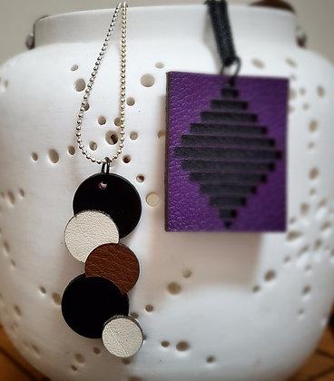 """1er collier en cuir - formes """"rondes"""""""