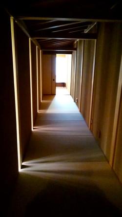 茶室までの廊下