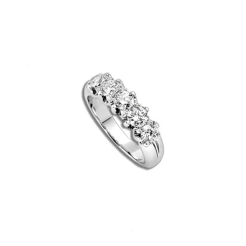 Giorgio Visconti ring. 5 diamonds 0.94CT