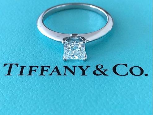 Tiffany&Co. 0.59 ct. VVS1